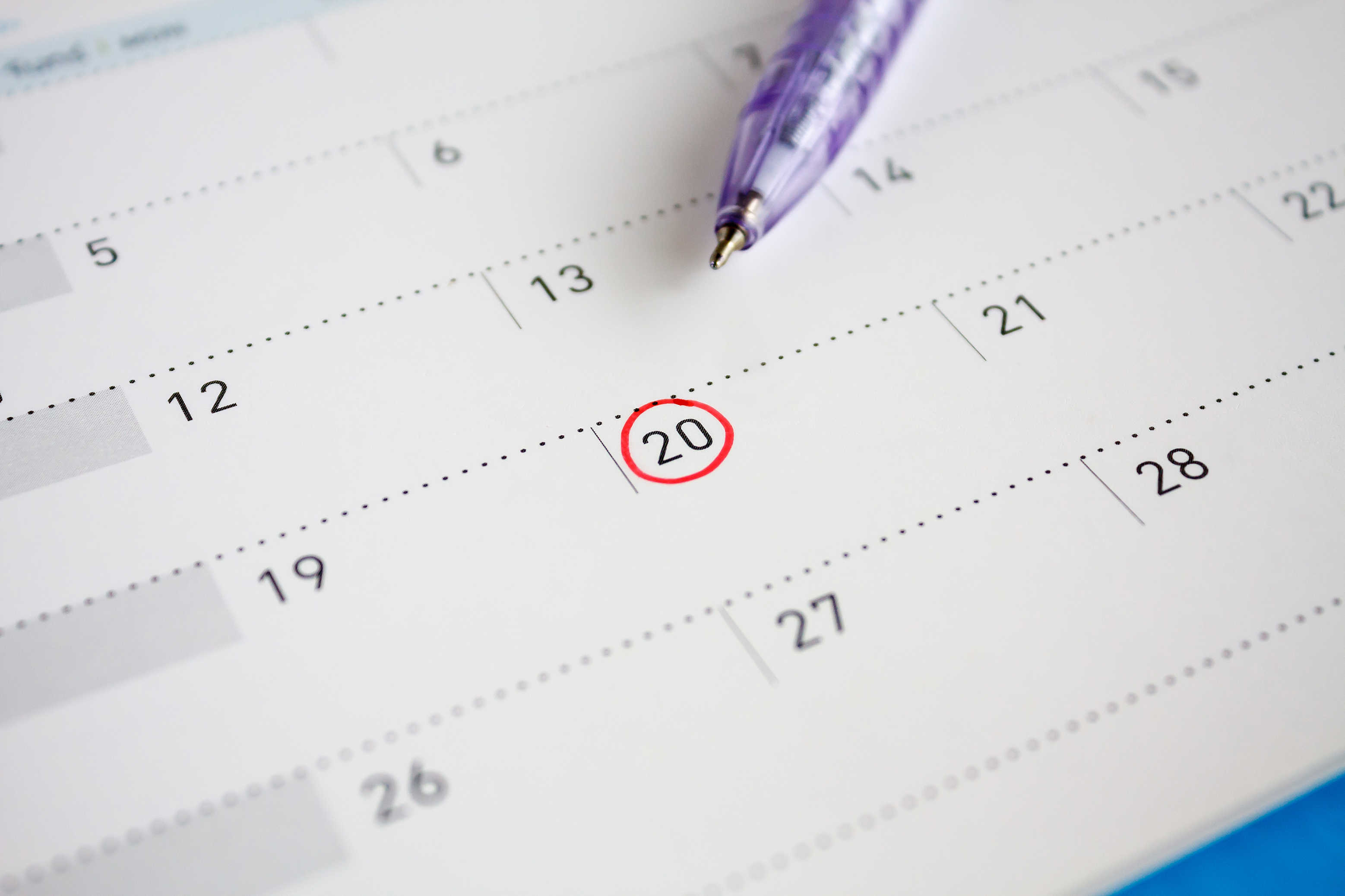 Red circle mark on the calendar at 20th