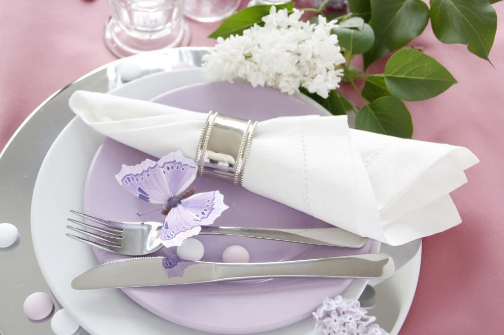 Table decoration in lilac-3