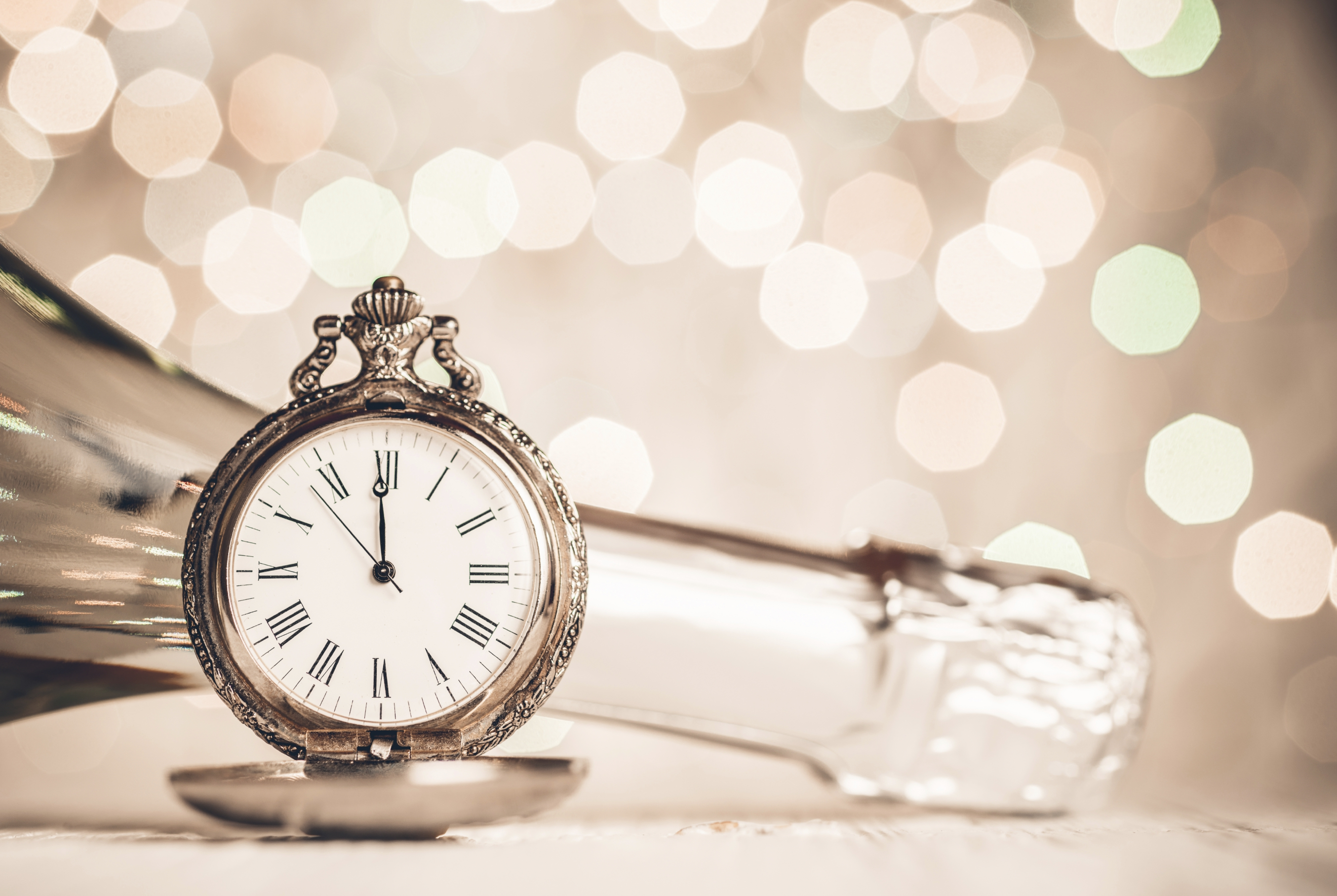 Champagne and clock New Year